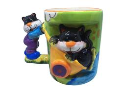 Novelty Coffee Mugs with Molded 3D Animals hand painted with